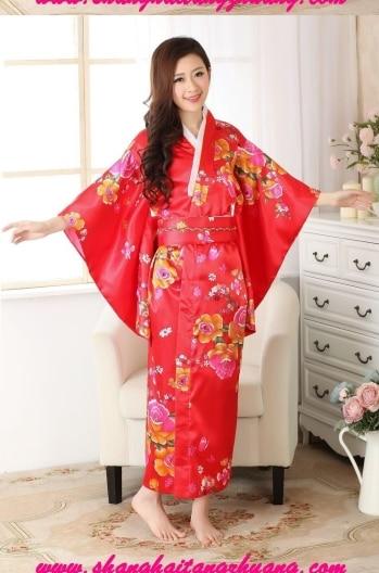 Japanese geisha kimono fashion