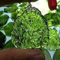 Hot Sale A+ Natural Moldavite green aerolites crystal Falling stone pendant energy apotropaic 15g 25g/ lot + free rope Necklace