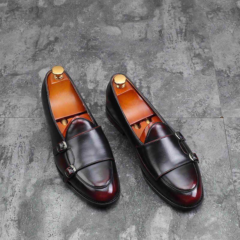 ผู้ชาย PU หนัง Loafers โลหะ Buckle Pointed Toe รองเท้า Retro รองเท้าผู้ชายชุดรองเท้างานแต่งงานอย่างเป็นทางการ Zapatos De hombre