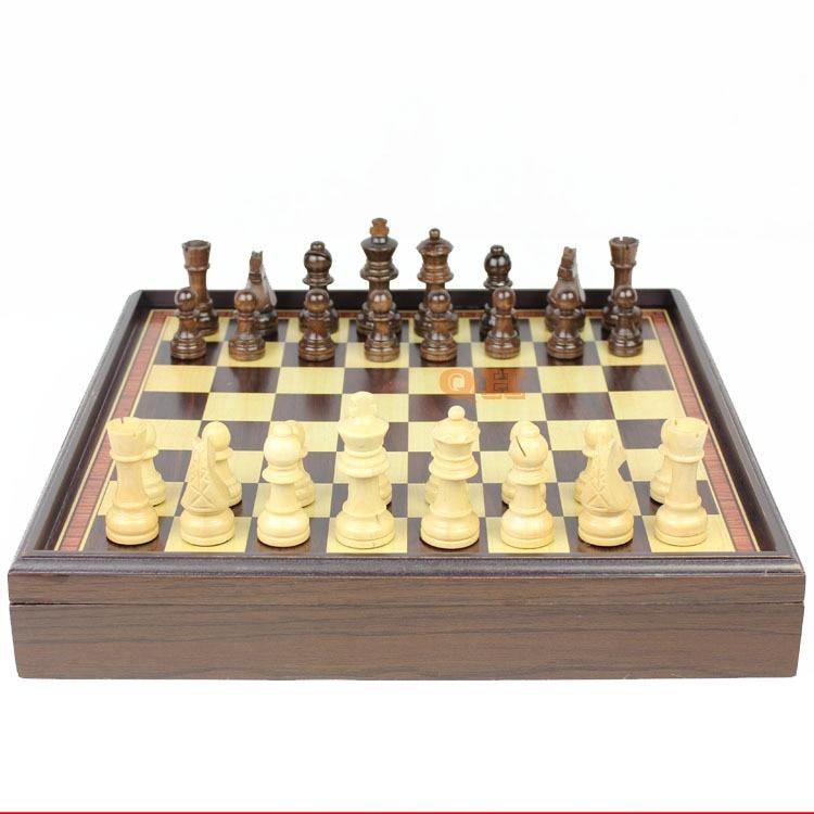 2017 Wooden Chess Natural Wood Green Paint Refined Workmanship Boxed Desktop Grade Wood Gift Portable Chessboard Child Fun Heat