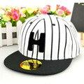 Дети лето весна полосы полосой шляпу детей H буквы Хип-хоп танец плоским бейсболка открытый snapback шляпы бесплатно