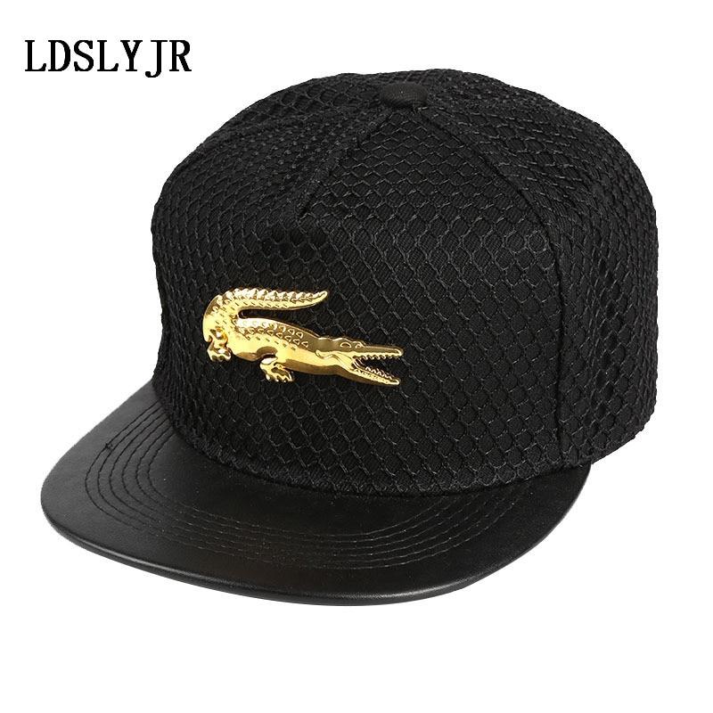 LDSLYJR 2017 cotton Metal Crocodile Baseball Cap Adjustable Hip-hop cap Snapback Cap hats for Men and Women