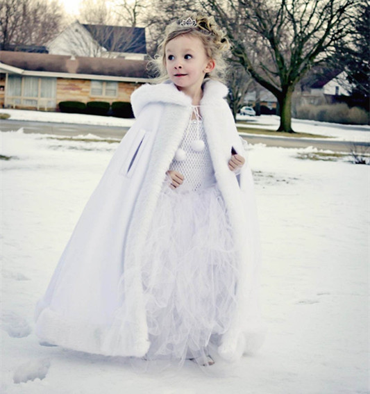 Long Ivory/White Hooded Girls Cape Wedding Cloaks Faux Fur Jacket For Winter Kid Flower Girl Children Outerwear Coats red hooded 2016 girls cape wedding cloaks faux fur jacket for winter kid flower girl shrug outerwear coats for haloween
