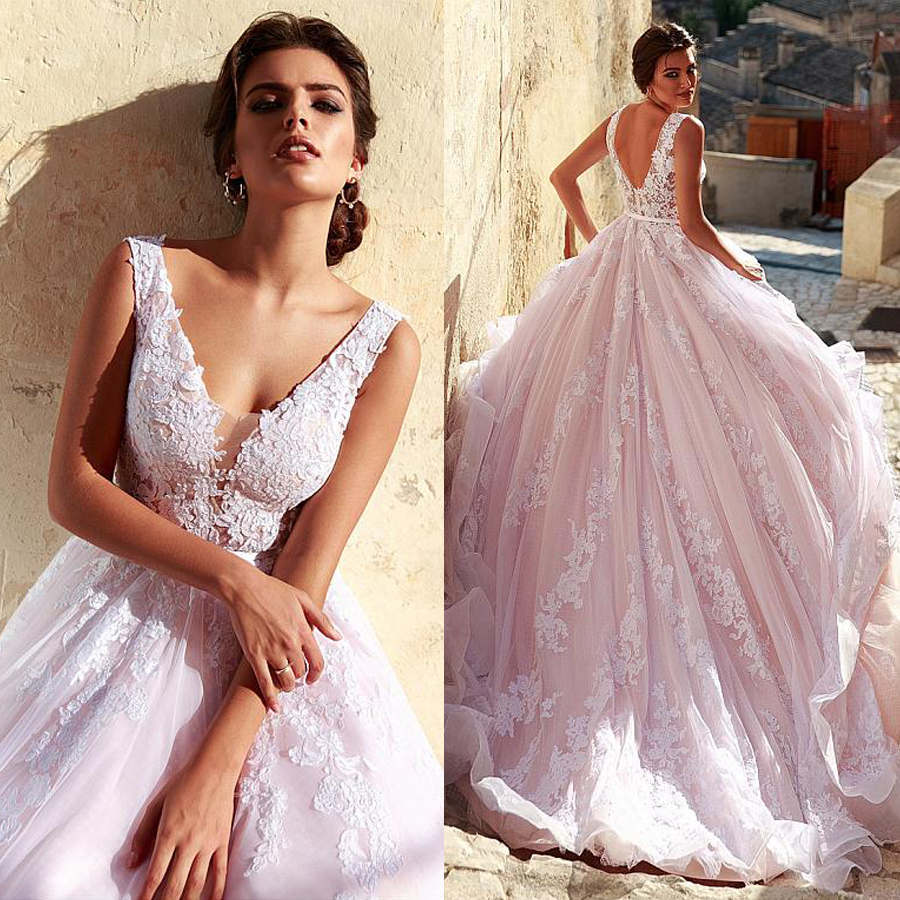 Romantic Tulle V-neck Neckline A-line Wedding Dress With Lace Appliques Pink Long Bridal Gown Vestido Madrinha