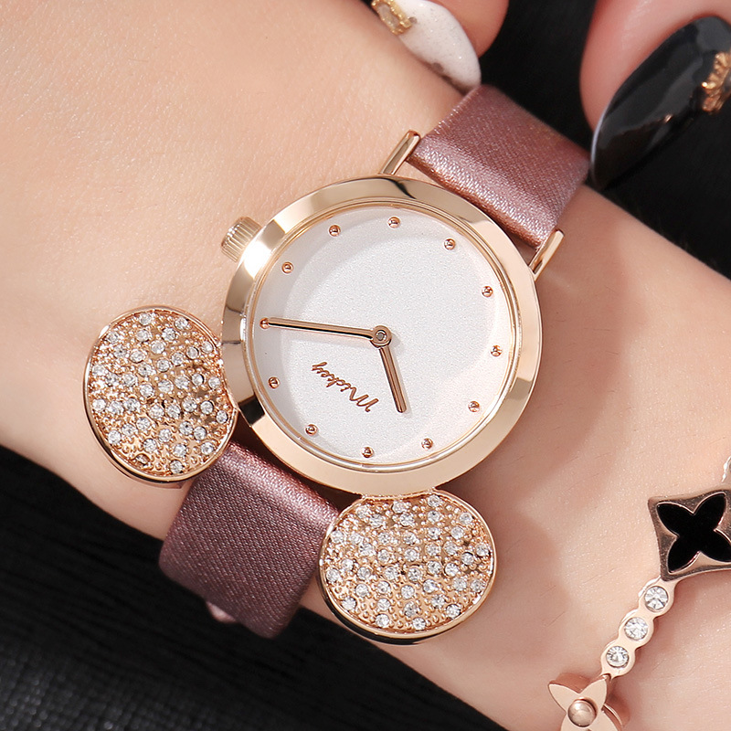 New watch ladies Mickey Mouse Rose Gold ladies watch fashion casual rhinestone waterproof leather strap Mickey watch HOT!New watch ladies Mickey Mouse Rose Gold ladies watch fashion casual rhinestone waterproof leather strap Mickey watch HOT!