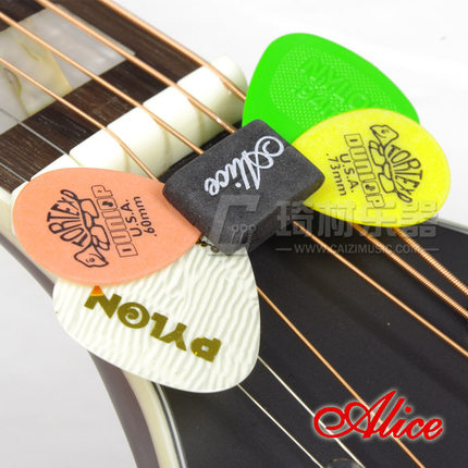 Alice A010C Guitar Bass Guitar Ukulele Headstock Rubber Pick Holder Plectrum Mediator