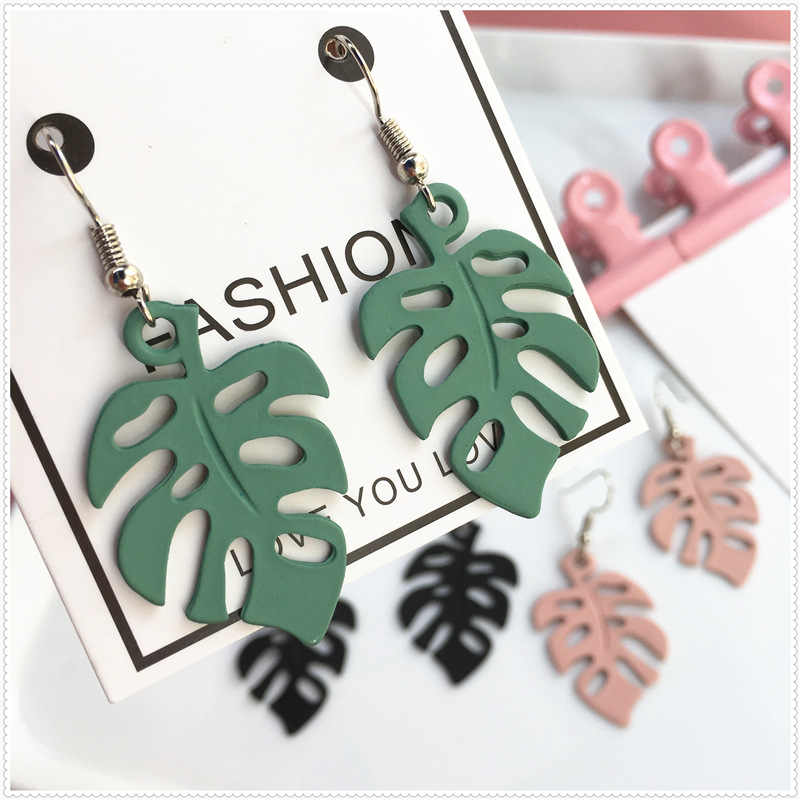 Fashion Hollow Monstera Leaf Drop Earrings Women Acrylic Tropical Plant Cute Earrings Holiday Beach Party Girl Bohemian Jewelry