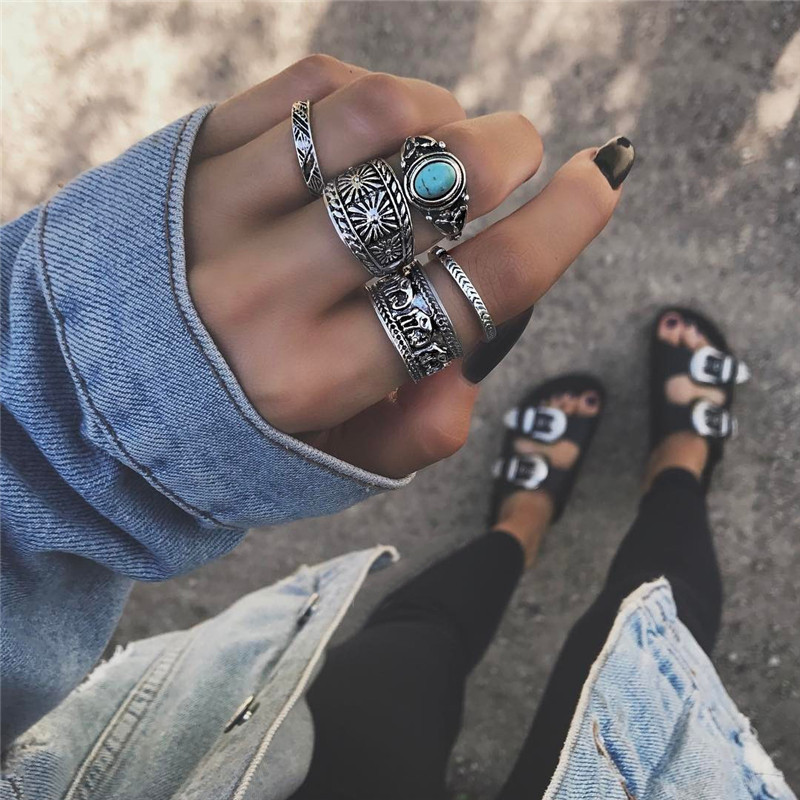 Wholesale 5 Pcs Antique Silver Color Flower Finger Rings Blue Crystal Bohemian Style Fashion Jewelry For Women