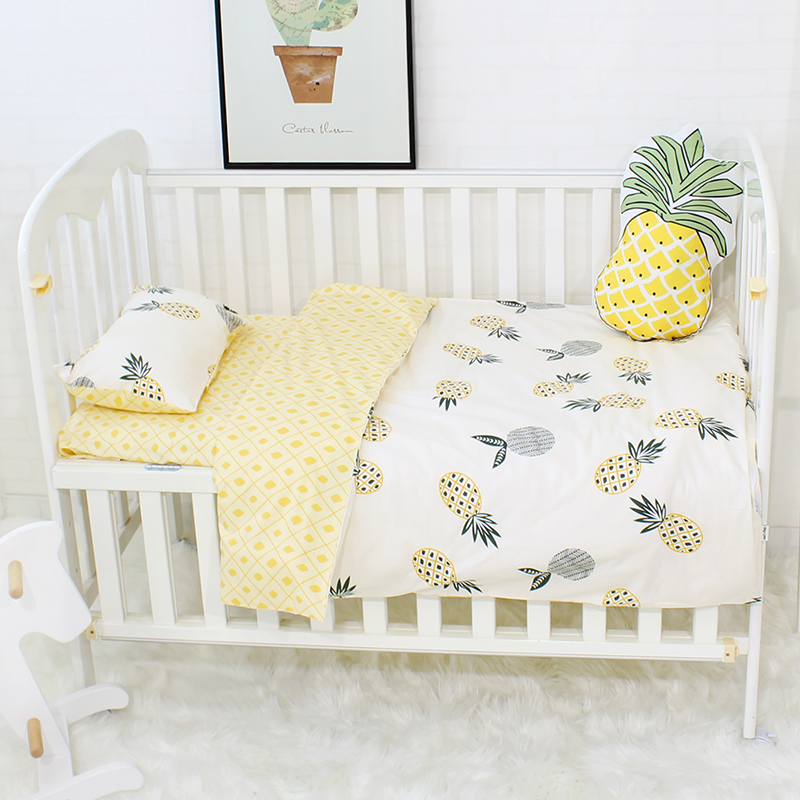 3pcs Baby Bedding Set Colorful Triangle Pattern Baby Linen Include Duvet Cover Pillowcase Bed Sheet Pure Cotton Baby Cot Set