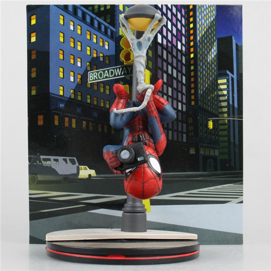 Spider-Man Homecoming Q Fig The Spiderman Taking Photo PVC Action Figure Collection Toy