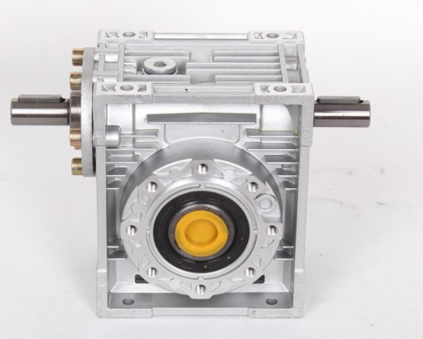 Worm Reducer NRV050-VS Double Extension Shaft 14mm input shaft 7.5:1 - 100 :1 Gear Ratio 90 Degree Speed Reducer