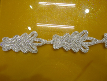 Free shipping retail sewing accessories rhinestone applique trim sewing beaded rhinestone trim appliques designs