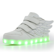 Kids Shoes with LED Lights Children Roller Skate Sneakers  glowing Led Light Up for Boys Girls