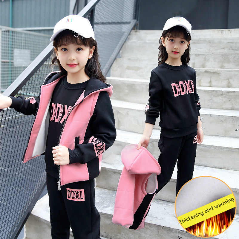 The girl - zipper set 2017 new children with cashmere winter sport sweater three piece thick Jacket+Sweater+pants Kids Warm Suit detachable children with multi functional three mother kangaroo sweater