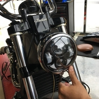 For Harley Dyna Sportster Road Glide FXCW FXCWC FXS FXSB FXSBSE FXST FXSTB FXSTC FXSTD 5 3/4inch 5.75 Daymaker LED Headlight
