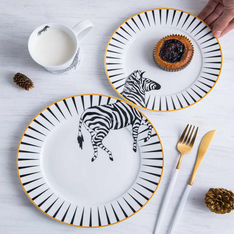Ceramics Roundless Flat Plate Set Edible Hand-painted Wild Animal Dish Cartoon Dinnerware illustration  2pcs/set