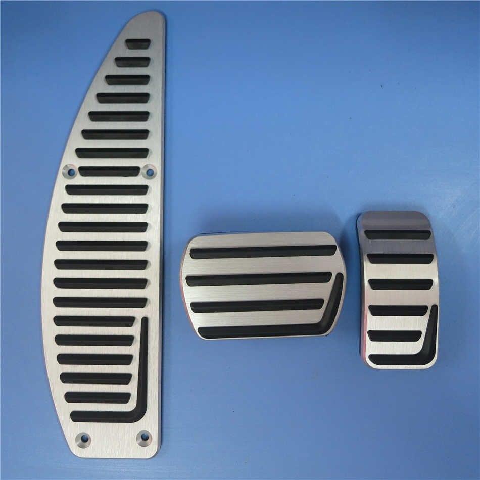Ди автомобильные аксессуары Алюминиевый сплав педаль тормоза для VOLVO S40 V40 C30, Нескользящие Педальная пластина наклейки на планшет - Название цвета: 3 pcs