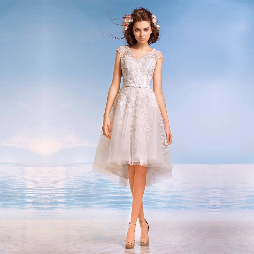 Sexy Designer A Line White Formal Custom Made lace appliques Fashionable Vestido De noiva bridal gown 2018   bridesmaid     dresses