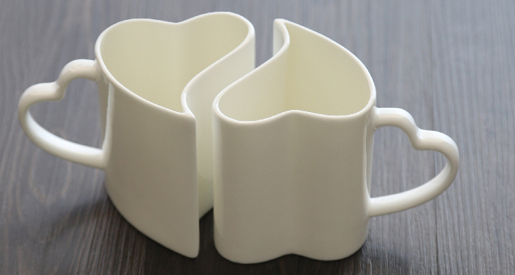 350ML 2pcs/lot Valentines wedding gift Heart shaped couple mug Bone china nespresso coff ...