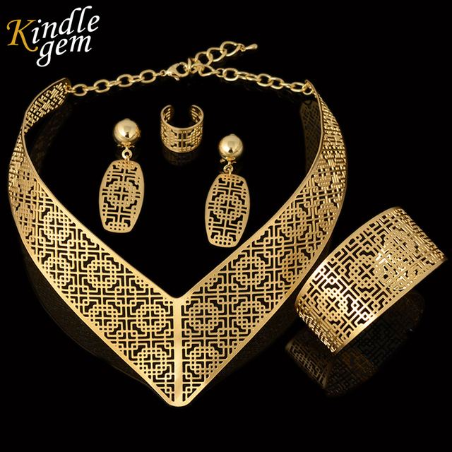 2017 Latest Parure Bijoux Femme Plaque Or Dubai High Quality Gold Color  Jewellry Sets Nigerian Wedding African Beads Jewelry 6e0527b83a8