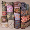 Colorful 10 yarda / lot nacional étnico de poliéster tejido jacquard ajuste de la cinta del cordón de DIY de la ropa hechos a mano materiales de buena calidad