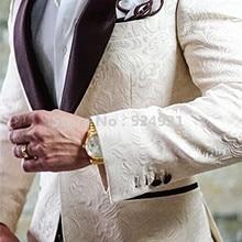 Новое поступление женихов Для мужчин цвета слоновой кости в стиле смокинга жениха шаль коричневый с Для мужчин костюмы на свадьбу/выпускных вечеров, лучший мужской блейзер(пиджак+ брюки+ галстук-бабочка), цветные костюмы C265