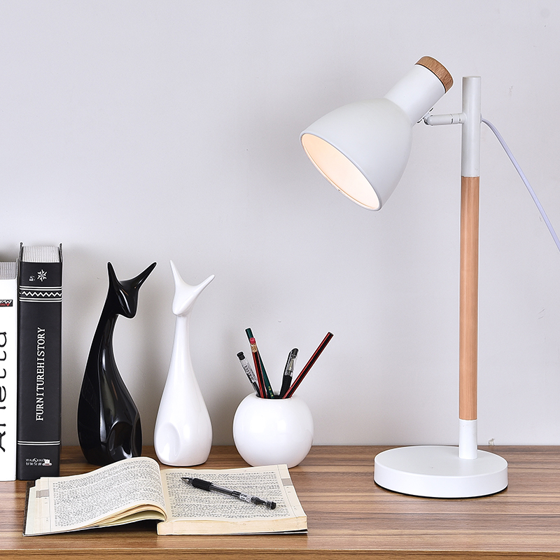 The wooden work reading lamp modern bedroom bedside lamp book study creative office
