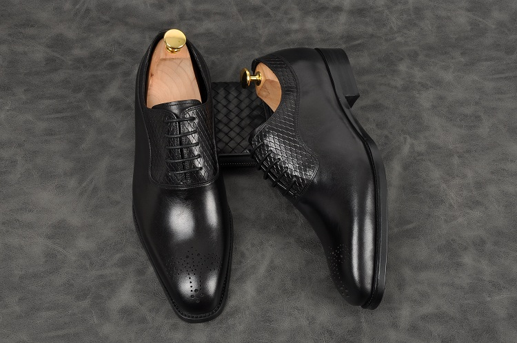 Men fashion handmade oxfords black grown pointed toe lace up low heel formal shoes Genuine leather party office shoes - 2