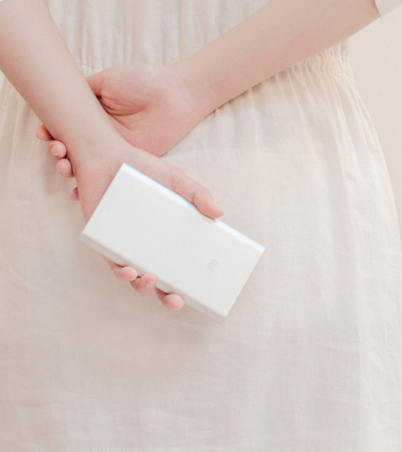 100% Original Xiao Mi power bank Real 10000mah power charger MI portable charger for xiaomi iphone + retail box Drop shipping