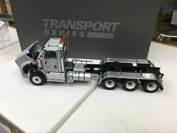 International HX620 Tridem Tractor 1:50 Metal Model By Diecast Masters DM71011
