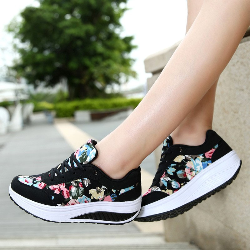 VTOTA Women Shoes 2018 Fashion Sneakers Women Basket Femme Comfortable Wedges Sneakers Chaussure Femme Women Vulcanize Shoes(China)