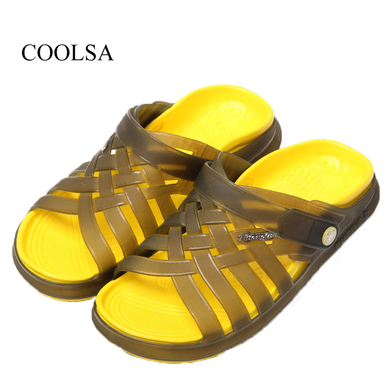 2017 New Summer Men's Home Slippers Hole Shoes Men's Jelly Beach Sandals High Quality Non-slip Indoor Bathroom Slippers Men free shipping hole shoes 2014 flat sandals female slippers the chameleonlike slip resistant jelly shoes sandals