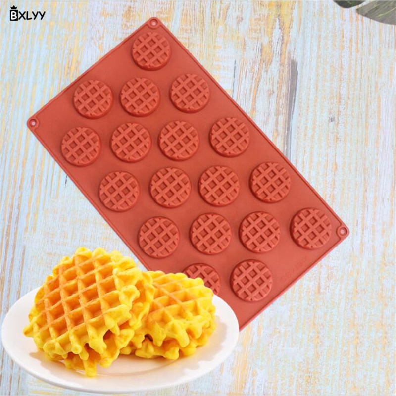 BXLYY 18 Even Round Lattice Waffle Silicone Mold Cake Decoration Chocolate Biscuit Fondant Mold Baking Accessories Kitchen.8z image