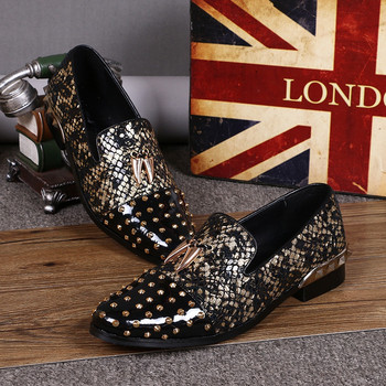 Casual Driving Loafers Men's Flats Dress Shoes Rivets Fashion Design Floral Print Breathable Leather Men Stage Shoes