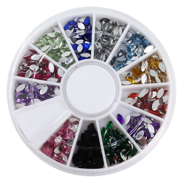 Top Nail 12 Shiny Color Horse Eye Design Acrylic Wheel Glitter