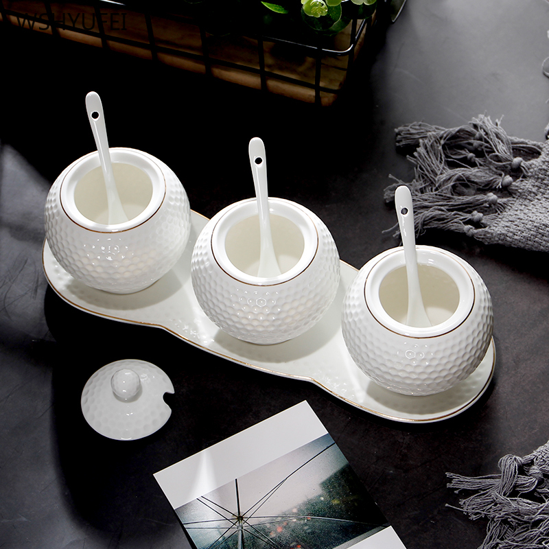 Marketing Direct créatif cuisine à domicile assaisonnement fournitures de stockage avec couvercle plateau en céramique boîte à épices boîtes de sel assaisonnement pot ensemble