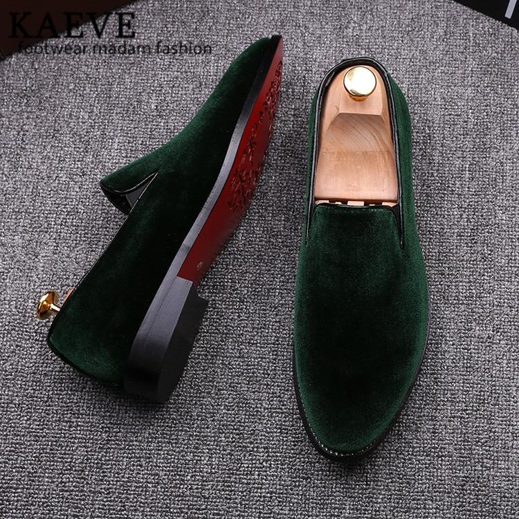 2016 г.; винтажная бархатная мужская повседневная обувь; летние зеленые лоферы; дышащие тапочки на плоской подошве; Мокасины с красной подошвой; Мужская обувь; Zapatos Hombr