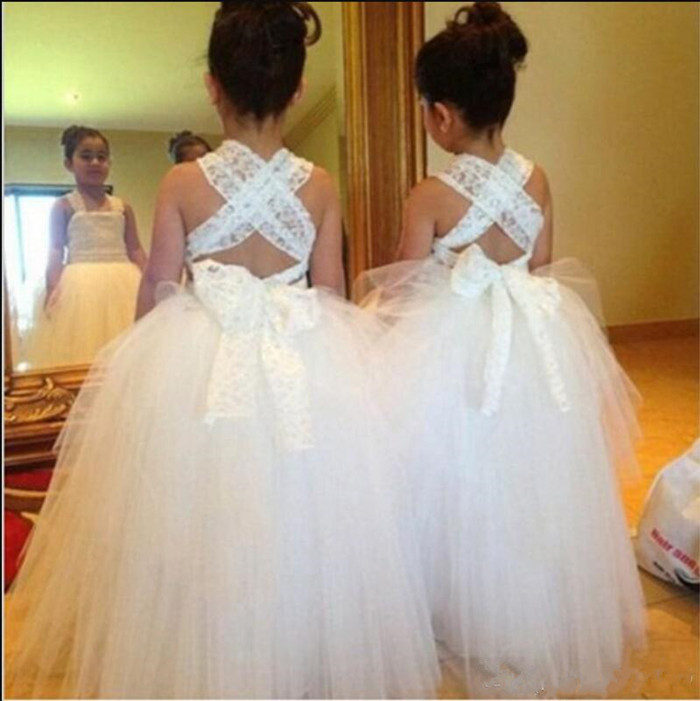 Long Puffy TuTu   Flower     Girl     Dress   For Special Occasion Square Collar Criss-cross Back Simple Design Sleeveless Kids Formal Wears