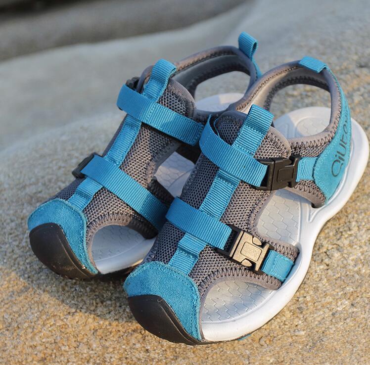 Boy Sandals 2018 Summer New Childrens Beach Shoes Non-skid Older children Genuine Leather Boys shoes Size 27-37 baotou sandals