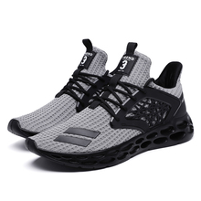 HEINRICH  Breathable Sneakers
