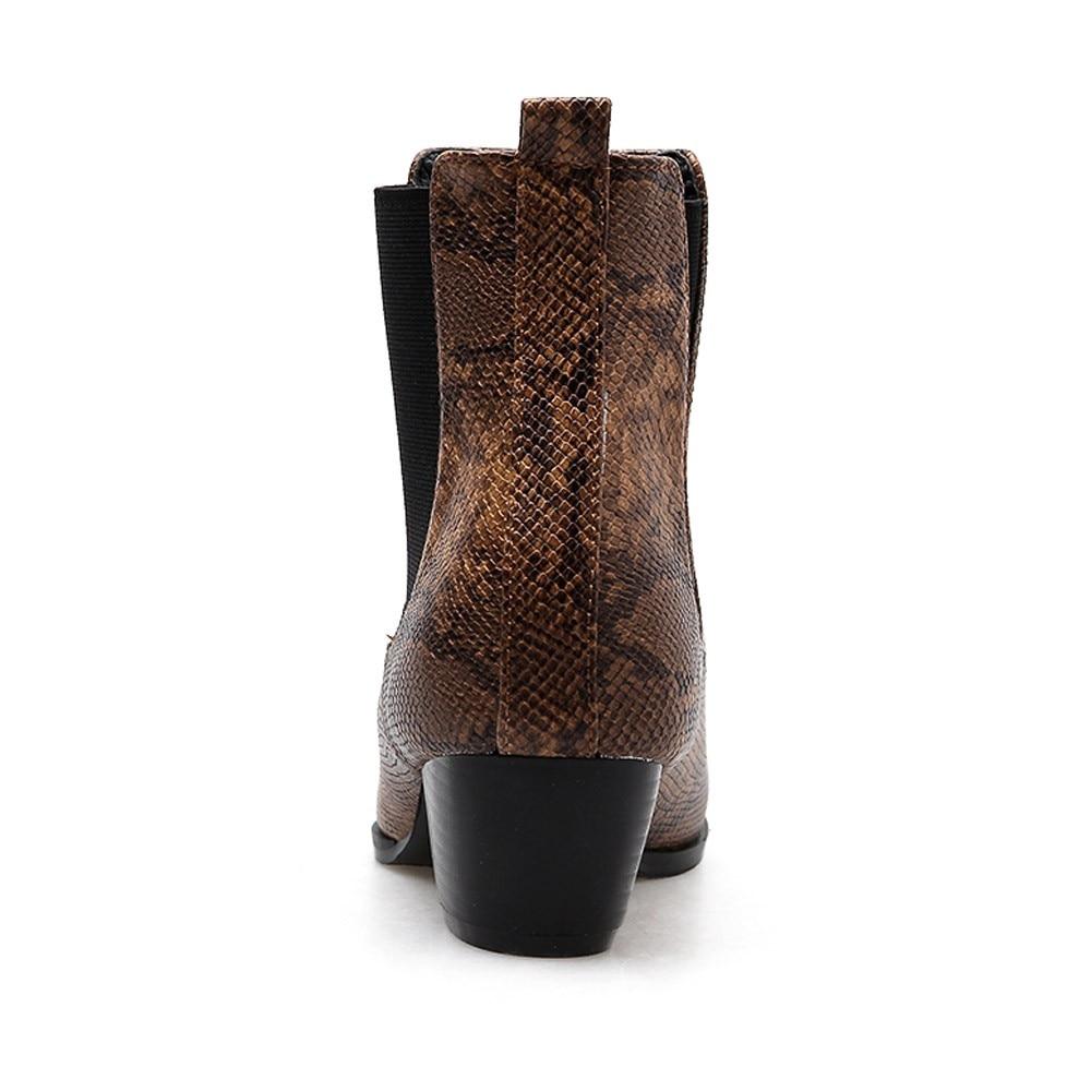 0cb83ac4fc Compre Mulheres Botas 2019 Outono Ankle Boots Para As Mulheres Serpente  Impressão Moda Paisley Feminino Sapatos Casuais De Couro Botas Mujer O11 De  ...