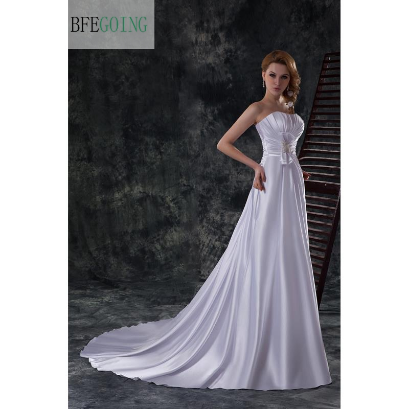 White Lustrous Satin Floor-Length  A-line Wedding Dress Court Train  Sleeveless Real/Original Photos  Custom Made
