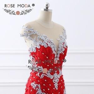 Image 5 - Rosa Moda di Lusso Fortemente In Rilievo Red Lace Mermaid Prom Dress con Schiena Nuda Handmade 3D Fiori Bottoni in Madreperla Partito Formale vestito