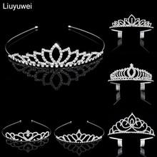 Novia Tiara de cristal chico Flor de dama de honor Tiaras y coronas joyería  del pelo de la boda accesorios adornos para el pelo 1dddf6e69987