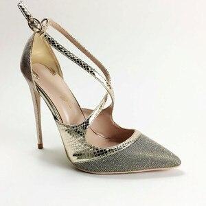 Image 2 - Keshangjia Fashion nuovo arriva pompe delle donne di modo croce fibbia scarpe a punta super high partito delle signore scarpe grandi dimensioni 35 44