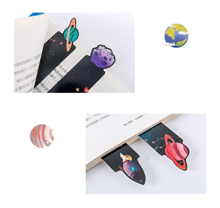 Купить с кэшбэком 30 pcs Mini Galaxy bookmarks Starry sky bookmarks Kawaii kids gifts Office School supplies gift marcador de livro FC960