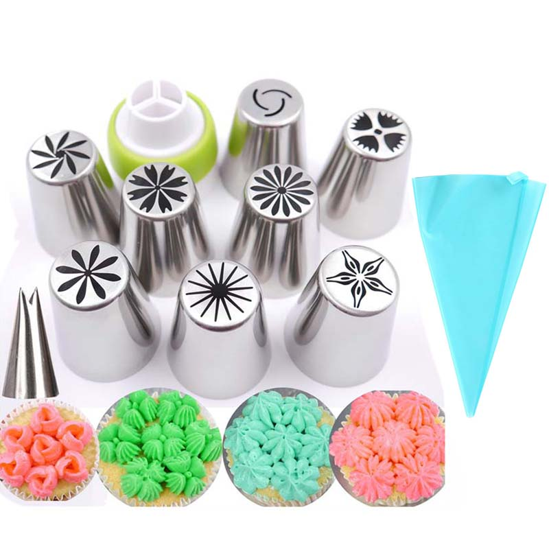 Crafty Cook Decorating Icing Nozzles and Piping Bag
