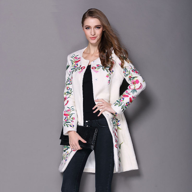 Especially Winter Coat for women 2017 New Women Wool Jacket Ladies Woolen  Chinese Traditional Embroidery Coats