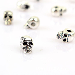 20pcs/lot Alloy Skull Charm Findings Antique Silver Beads Spacer Fitting Necklace Bracelet Handmade Accessory DIY Jewelry Making