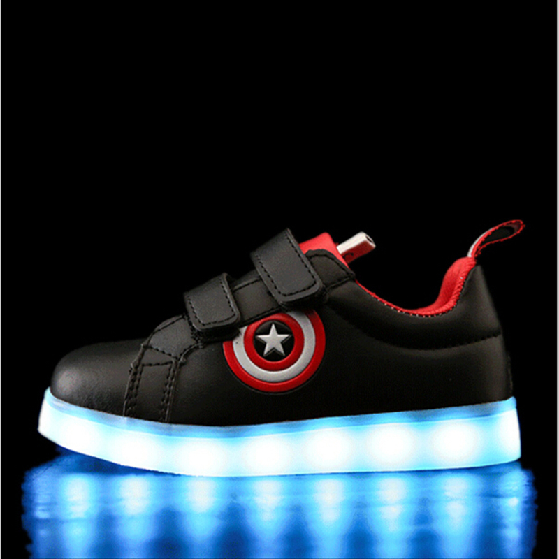 все цены на KKABBYII Captain America Children Shoes Light Led luminous Sneakers Boys Girls USB Charging Sport Casual Shoes For Kids Glowing онлайн